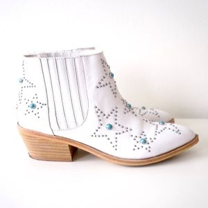 Chinese Laundry Star Studded Leather Booties Boots